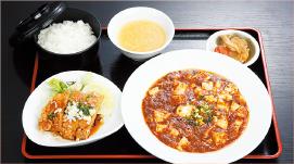 ①四川マーボ豆腐・油淋鶏セット