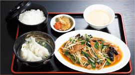 ②レバニラ炒め・水餃子セット