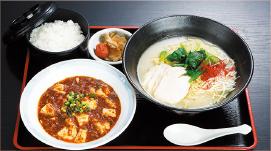⑤濃厚鶏白湯麺・四川マーボ豆腐セット